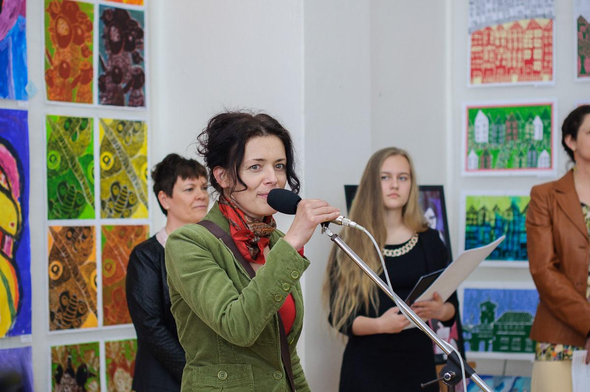Vernisáž výstavy výtvarníkov 2017, ZUŠ Dubnica nad Váhom